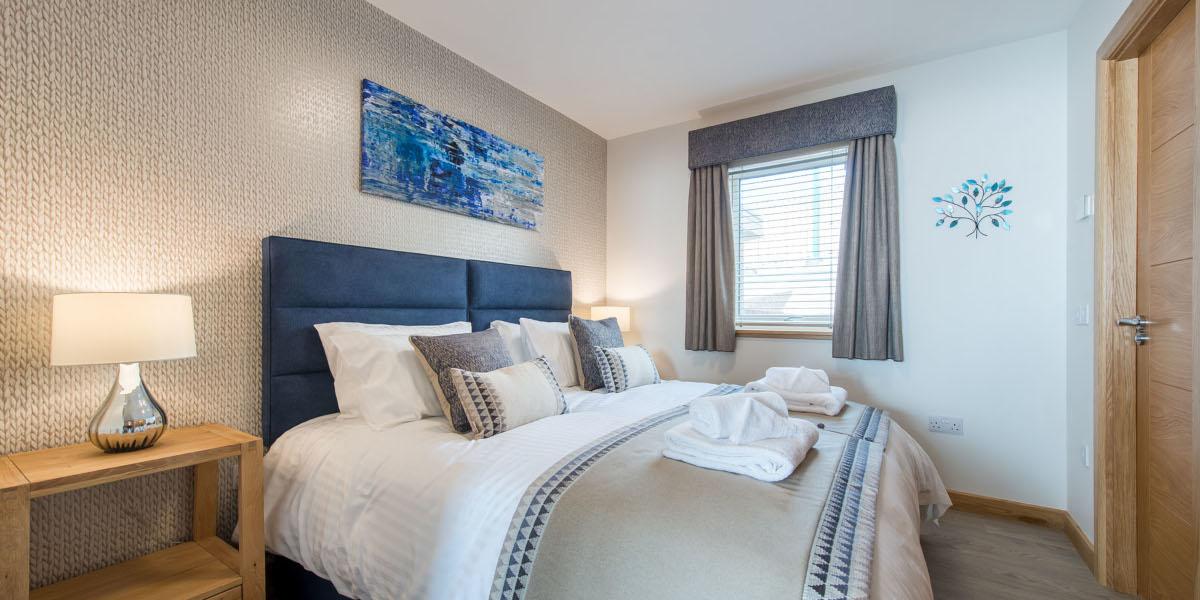 luxury lodge superking bedroom