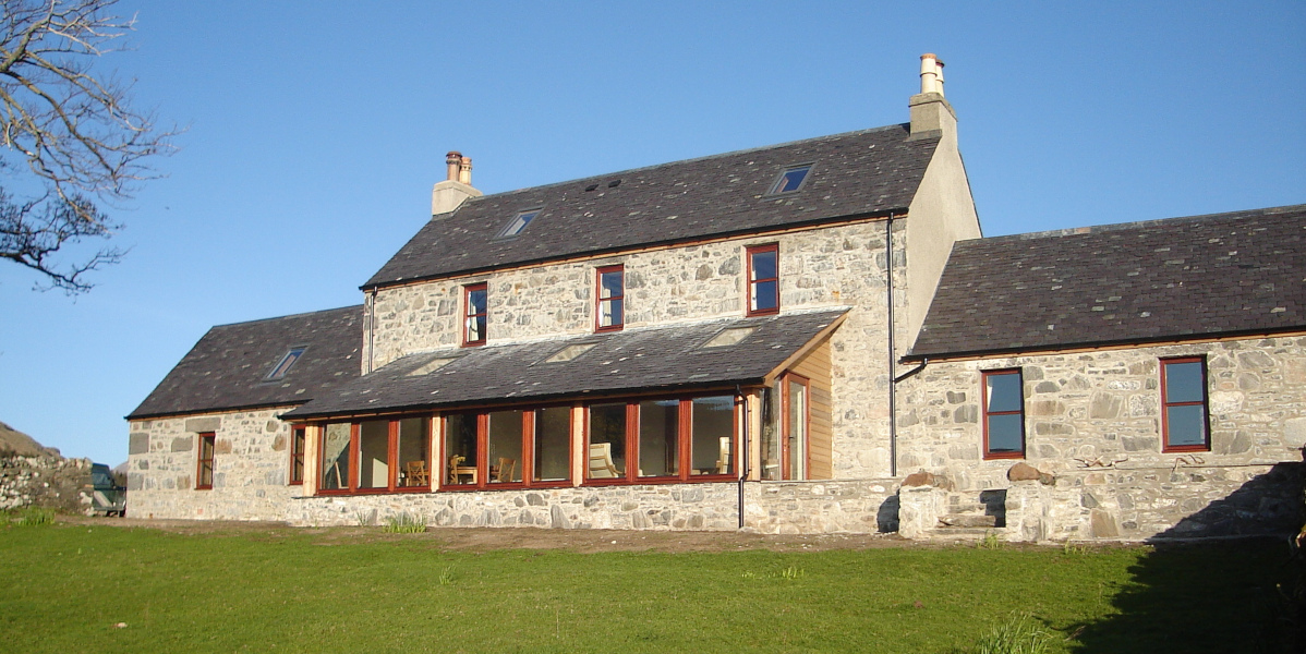 stenbyggd skotsk höglandsgård