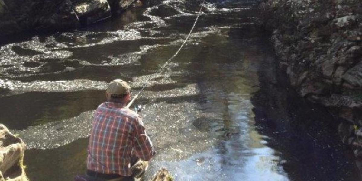 fiskare laxfiske Flod Lyon Skottland