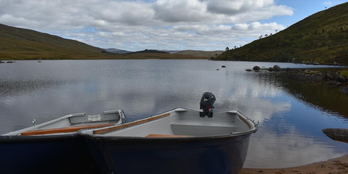 bateau sur un loch