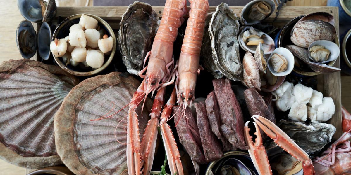 Coquillages d'Ecosse, huîtres, moules, langoustines, pétoncles, coques