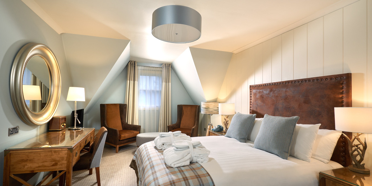 Ontemporary Hotel DoppelzimmerCreme und Pastellblau Dekoration