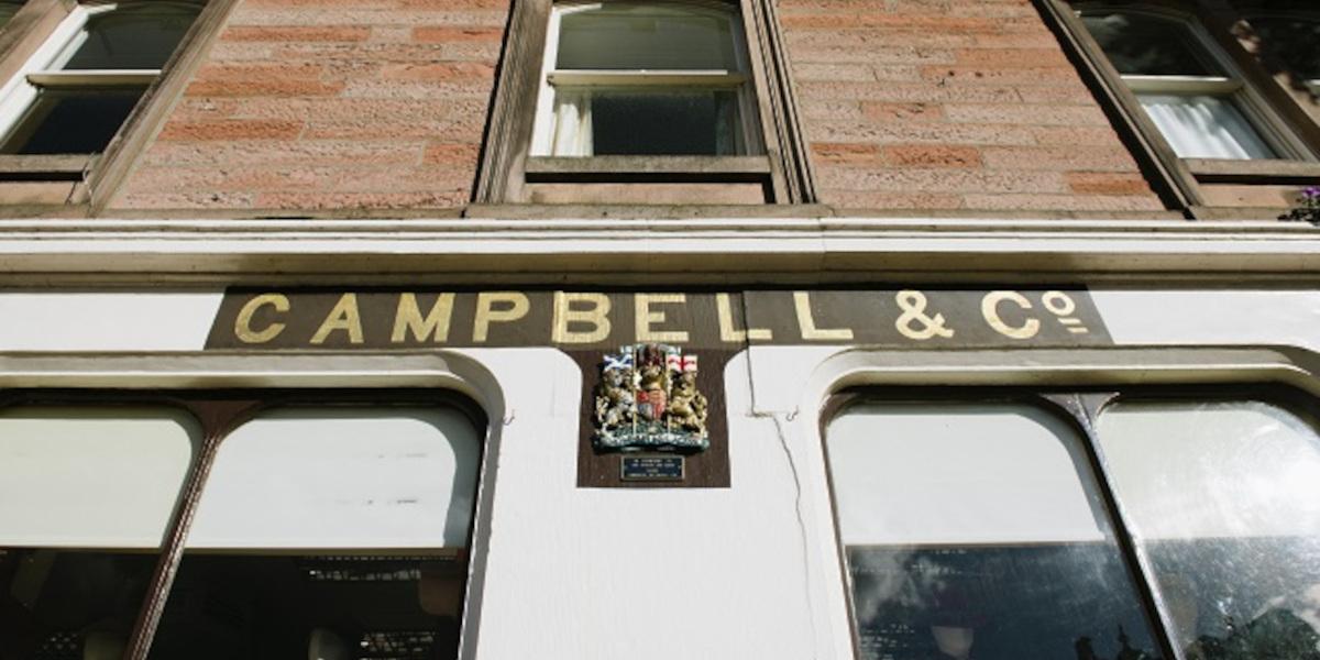 Campbell's of Beauly mandat royal sur devanture