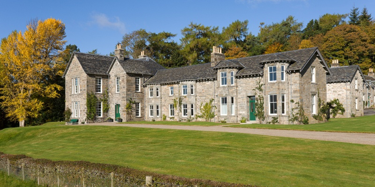 Scottish country house front elevation